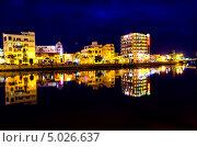 Огни ночного города Фантхьет. Вьетнам. Стоковое фото, фотограф Nikolay Grachev / Фотобанк Лори