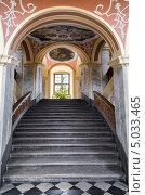 Купить «Старинная лестница в Университете Вроцлава. Польша», фото № 5033465, снято 4 августа 2013 г. (c) Андрей Андронов / Фотобанк Лори
