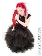 Купить «Неформалка с розовыми дредами в готическом платье», фото № 5037789, снято 15 ноября 2008 г. (c) Syda Productions / Фотобанк Лори
