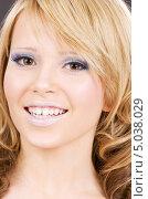 Купить «Красивая девушка со светлыми волосами крупным планом», фото № 5038029, снято 9 декабря 2008 г. (c) Syda Productions / Фотобанк Лори