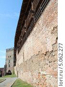 Стена замка в Луцке (2013 год). Стоковое фото, фотограф Владимир Одегов / Фотобанк Лори