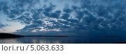 Ладожские сумерки над озером. Стоковое фото, фотограф Алёна Кочеткова / Фотобанк Лори