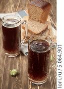 Купить «Хлебный квас - традиционный русский напиток», эксклюзивное фото № 5064901, снято 28 августа 2013 г. (c) Александр Курлович / Фотобанк Лори