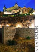 Купить «Старая крепость в Толедо, Испания», фото № 5071393, снято 23 августа 2013 г. (c) Яков Филимонов / Фотобанк Лори