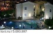 Купить «Ночная подсветка на территории отеля Kissos в городе Пафос, Кипр», видеоролик № 5093997, снято 26 сентября 2013 г. (c) Кекяляйнен Андрей / Фотобанк Лори