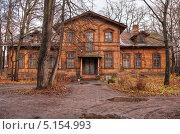 Деревянный дом. Стоковое фото, фотограф Михаил Тайманов / Фотобанк Лори