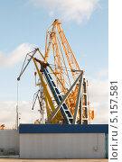 Порт Тольятти портовые краны (2013 год). Стоковое фото, фотограф Сергей Хрушков / Фотобанк Лори