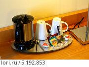 Чайный набор в номере парижской гостницы. Стоковое фото, фотограф валерий раповец / Фотобанк Лори