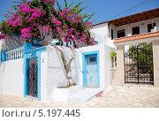 Домик на греческом острове Халки (2013 год). Стоковое фото, фотограф Наталья Наточина / Фотобанк Лори