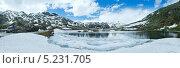 Купить «Весеннее альпийское горное озеро Лаго делла Пьяцца (Швейцария)», фото № 5231705, снято 23 октября 2018 г. (c) Юрий Брыкайло / Фотобанк Лори