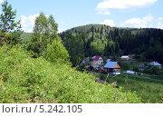Купить «Деревня», фото № 5242105, снято 20 июля 2013 г. (c) Ольга Логачева / Фотобанк Лори