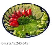 Купить «Блюдо с овощным салатом на белом фоне», фото № 5245645, снято 8 сентября 2012 г. (c) Михаил Иванов / Фотобанк Лори
