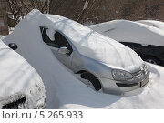 Сугроб на автомобиле. Стоковое фото, фотограф Александров Алексей / Фотобанк Лори