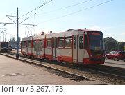 Купить «Трамвай в Гданьске. Польша», эксклюзивное фото № 5267173, снято 4 июля 2020 г. (c) Михаил Рудницкий / Фотобанк Лори