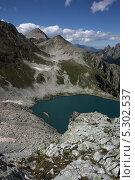 Черное Муруджинское озеро, Западный Кавказ (2009 год). Редакционное фото, фотограф Ислам Ижаев / Фотобанк Лори