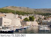 Купить «Хорватия. Дубровник. Гавань», эксклюзивное фото № 5320061, снято 18 сентября 2012 г. (c) Svet / Фотобанк Лори