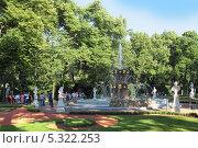 Купить «Санкт-Петербург, Летний сад», фото № 5322253, снято 6 июля 2013 г. (c) Игорь Долгов / Фотобанк Лори