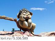 Купить «Скульптура в парке развлечений на горе Мтацминда. Тбилиси. Грузия», фото № 5336589, снято 3 июля 2013 г. (c) Евгений Ткачёв / Фотобанк Лори