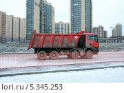 Самосвал (2013 год). Редакционное фото, фотограф Инна Горохова / Фотобанк Лори