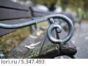 Купить «Скамейка», фото № 5347493, снято 22 февраля 2018 г. (c) Илюхин Илья / Фотобанк Лори