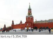 Купить «Москва. Красная площадь и башни Московского Кремля», эксклюзивное фото № 5354709, снято 3 декабря 2013 г. (c) Елена Коромыслова / Фотобанк Лори