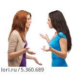 Купить «две подруги выясняют отношения», фото № 5360689, снято 27 ноября 2013 г. (c) Syda Productions / Фотобанк Лори