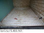 Смонтированный водяной теплый пол. Стоковое фото, фотограф Виталий Галямов / Фотобанк Лори