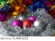 Купить «Новогодние украшения», эксклюзивное фото № 5449633, снято 2 января 2014 г. (c) Елена Коромыслова / Фотобанк Лори