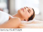 Купить «расслабленная женщина в спа салоне», фото № 5477029, снято 25 июля 2013 г. (c) Syda Productions / Фотобанк Лори