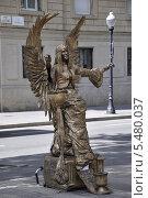 Купить «Живая скульптура на Рамбла. Барселона», фото № 5480037, снято 29 сентября 2013 г. (c) Лада Иванова / Фотобанк Лори