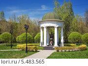 Памятник Святому Николаю Угоднику, эксклюзивное фото № 5483565, снято 10 мая 2013 г. (c) Александр Гаценко / Фотобанк Лори