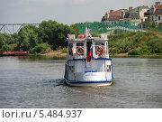 Купить «Теплоход Анна-Мария идет по Москве-реке в Коломне Московской области», эксклюзивное фото № 5484937, снято 3 июля 2011 г. (c) lana1501 / Фотобанк Лори