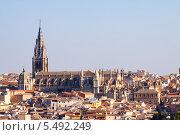 Купить «Собор Толедо в летний день, Испания», фото № 5492249, снято 23 августа 2013 г. (c) Яков Филимонов / Фотобанк Лори