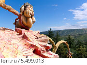 Купить «Скульптура в парке развлечений на горе Мтацминда. Тбилиси. Грузия», фото № 5499013, снято 3 июля 2013 г. (c) Евгений Ткачёв / Фотобанк Лори