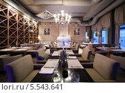 Купить «Зал ресторана Blackberry Cafe. Москва», фото № 5543641, снято 28 июня 2012 г. (c) Losevsky Pavel / Фотобанк Лори