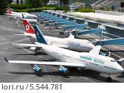 Купить «Международный аэропорт имени Ататюрка в Стамбуле, Турция», фото № 5544781, снято 4 июля 2012 г. (c) Losevsky Pavel / Фотобанк Лори