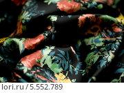Купить «Черный шарфик с рисунком», фото № 5552789, снято 14 августа 2013 г. (c) Morgenstjerne / Фотобанк Лори