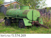Старая автомобильная цистерна. Стоковое фото, фотограф Pavel Kozlovsky / Фотобанк Лори