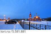 Купить «Ночь у церкви», эксклюзивное фото № 5581881, снято 7 января 2014 г. (c) Анатолий Матвейчук / Фотобанк Лори
