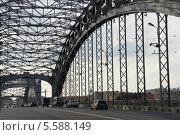 Большеохтинский мост, Санкт-Петербург (2012 год). Редакционное фото, фотограф Евгений Устинов / Фотобанк Лори