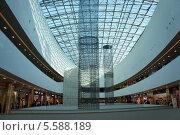 ТРК Галерея, Санкт-Петербург (2012 год). Редакционное фото, фотограф Евгений Устинов / Фотобанк Лори
