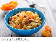 Купить «Рис с сухофруктами», фото № 5603545, снято 2 февраля 2014 г. (c) Марина Славина / Фотобанк Лори