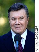 Купить «Президент Украины Виктор Янукович во время  визита в Одессу, 24 октября 2012, Украина», фото № 5630297, снято 24 октября 2012 г. (c) Александр Лесик / Фотобанк Лори