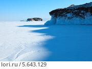 Купить «Озеро Байкал в солнечный зимний день», фото № 5643129, снято 14 февраля 2013 г. (c) Сергей Белов / Фотобанк Лори