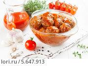 Купить «Мясные фрикадельки в томатном соусе», фото № 5647913, снято 27 февраля 2014 г. (c) Надежда Мишкова / Фотобанк Лори
