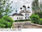 Купить «Церковь Покрова Пресвятой Богородицы в Братцево в Москве», эксклюзивное фото № 5669785, снято 23 мая 2010 г. (c) lana1501 / Фотобанк Лори