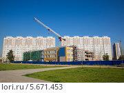 Химки. Строительство новой школы (2013 год). Стоковое фото, фотограф Михаил Ворожцов / Фотобанк Лори