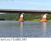 Мост через реку Вильву. Стоковое фото, фотограф Александр Бастраков / Фотобанк Лори