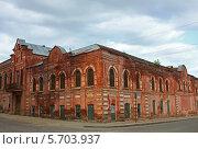 Табачная фабрика. Елец, Россия (2012 год). Редакционное фото, фотограф Дмитрий Степанов / Фотобанк Лори
