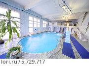 Купить «Крытый бассейн», фото № 5729717, снято 5 мая 2013 г. (c) Losevsky Pavel / Фотобанк Лори